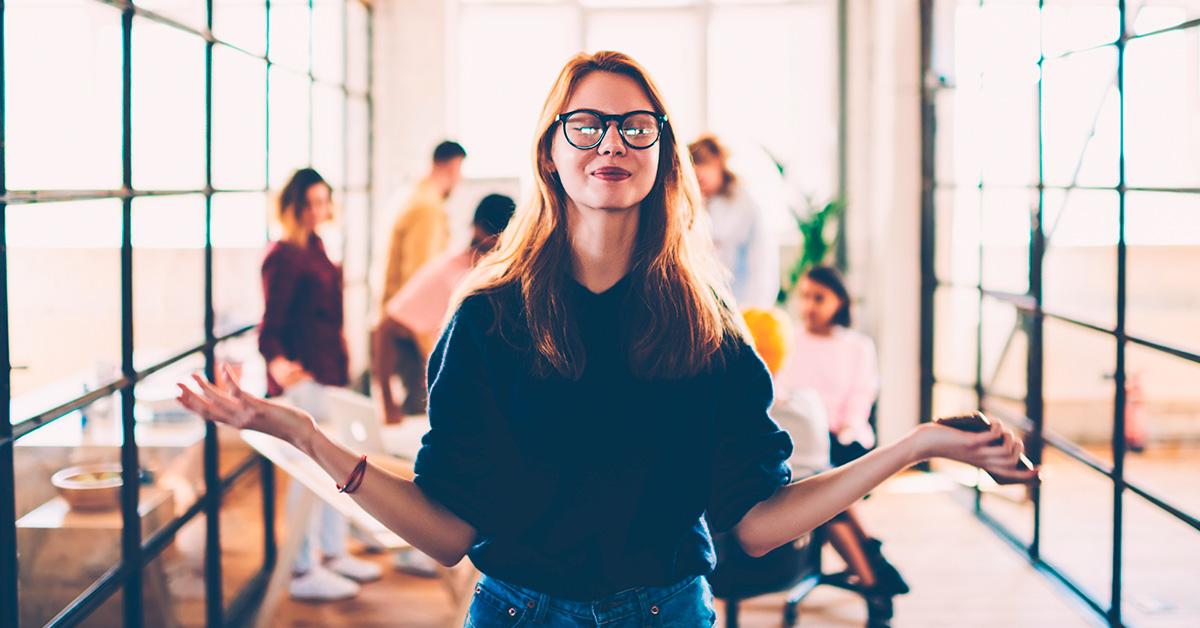 Empresa usa relaxamento e ioga para aumentar a produtividade no escritório